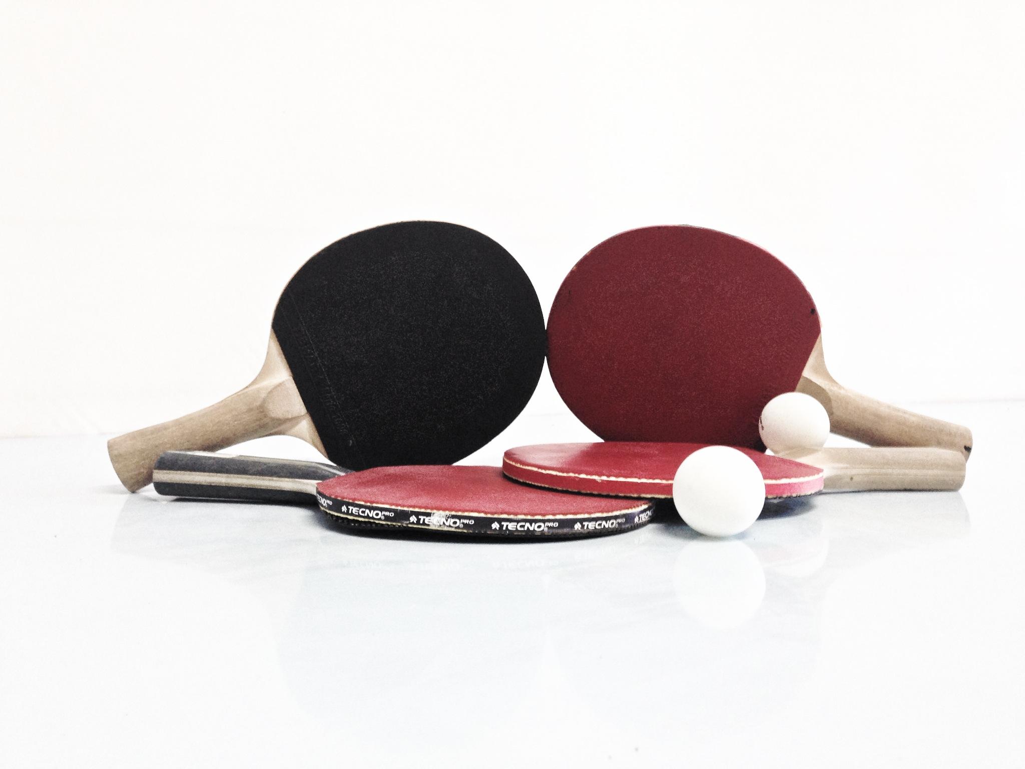 Loparji, namizni tenis